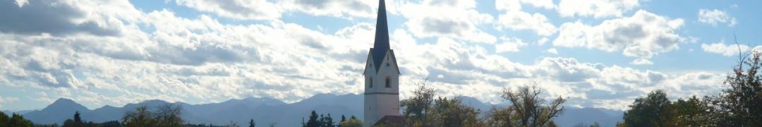 Header-Bild: Turm von St. Leonhard, Leonhardspfunzen, Oktober 2013, © Florian Eichberger