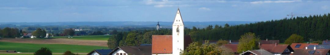 Header-Bild: St. Georg, Straßkirchen (im Hintergrund St. Emmeram, Vogtareuth), © Florian Eichberger