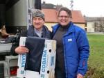 Junge Leute helfen, Vogtareuth 2013: Meggle-Schals