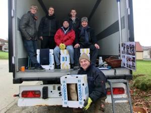 Junge Leute helfen, Vogtareuth 2013: das Verladeteam