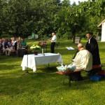 Ökumenischer Gottesdienst im Pfarrgarten Vogtareuth, 7. Juni 2014 (Bild: © Hubert Sewald)