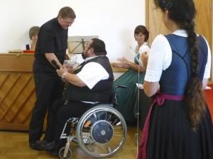 Verabschiedung von Kaplan Tobias Hartmann: Tobias Hartmann, Bürgermeister Hans Loy