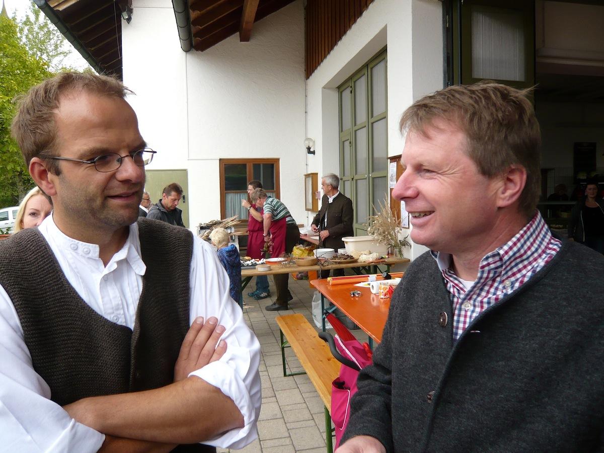 Pfarrfest Vogtareuth 2015: Beschäftigte Kinder – gut gelaunte Väter