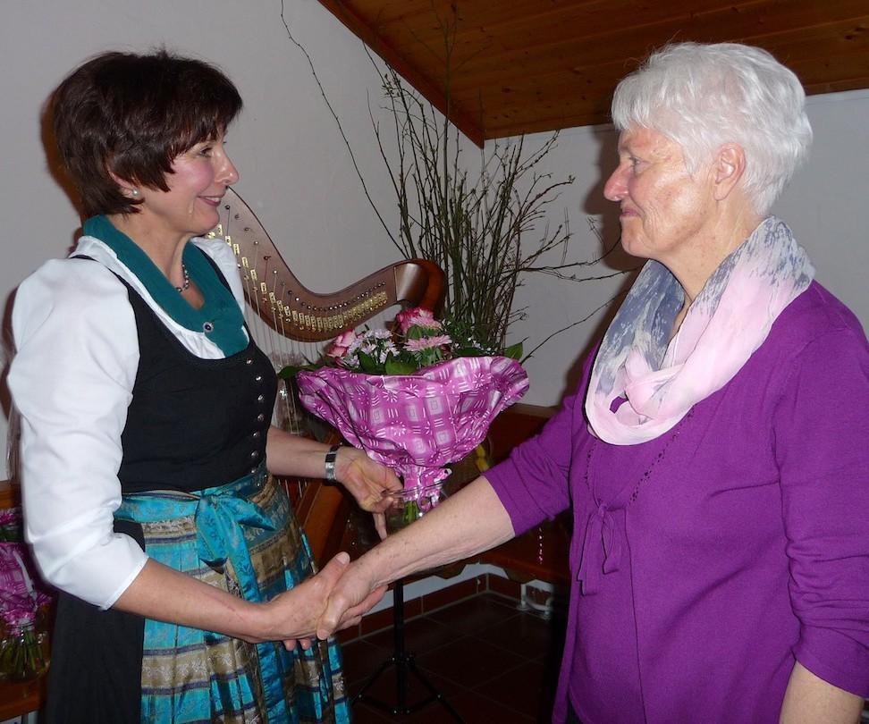 90 Jahre Frauengemeinschaft Vogtareuth: Ehrenvorsitzende Ingrid Bock