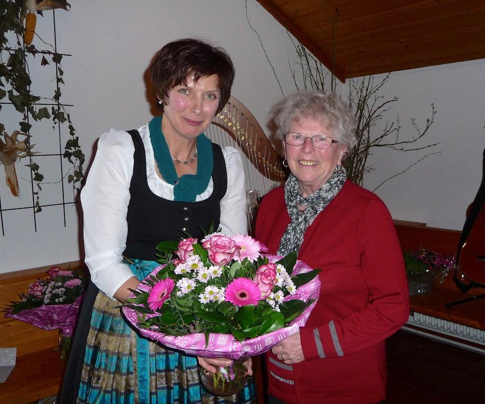 90 Jahre Frauengemeinschaft Vogtareuth: Ehrenvorsitzende Maria Mayr