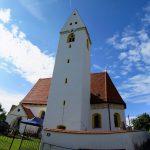 Abschluss der Außenrenovierung von St. Georg, Straßkirchen: St. Georg in erneuerter Pracht