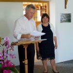 Rudolf Leitmannstetter gibt das Ergebnis der Wahl kund