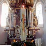 Osterkerze in St. Emmeram (Bild: Christine Bernhard)